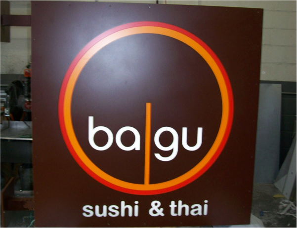bagu sushi & thai sign
